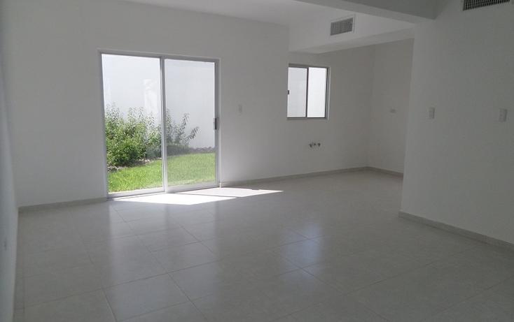 Foto de casa en venta en  , fraccionamiento villas del renacimiento, torreón, coahuila de zaragoza, 1028395 No. 03