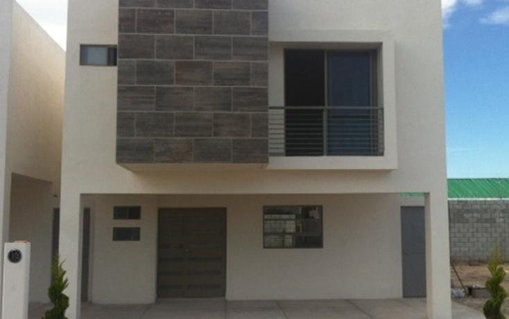 Foto de casa en venta en  , fraccionamiento villas del renacimiento, torreón, coahuila de zaragoza, 1542426 No. 02