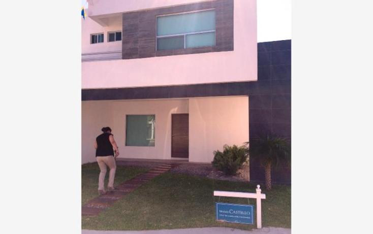 Foto de casa en venta en  , fraccionamiento villas del renacimiento, torre?n, coahuila de zaragoza, 1562650 No. 01
