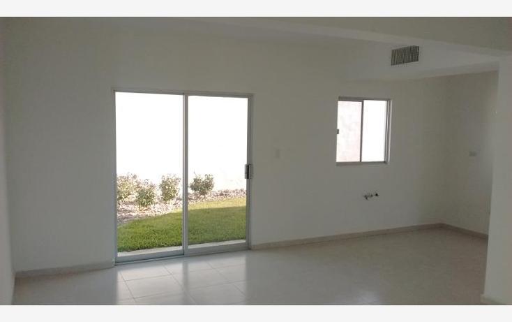 Foto de casa en venta en  , fraccionamiento villas del renacimiento, torreón, coahuila de zaragoza, 1585352 No. 04