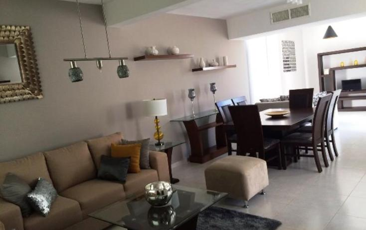 Foto de casa en venta en  , fraccionamiento villas del renacimiento, torreón, coahuila de zaragoza, 1742833 No. 02