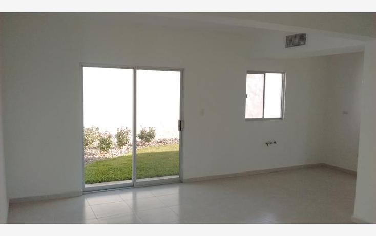 Foto de casa en venta en  , fraccionamiento villas del renacimiento, torreón, coahuila de zaragoza, 2691109 No. 02