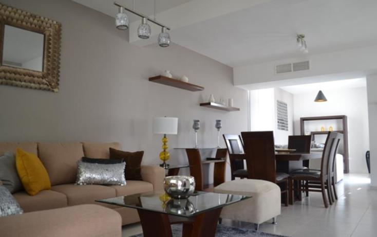 Foto de casa en venta en  , fraccionamiento villas del renacimiento, torreón, coahuila de zaragoza, 375748 No. 02