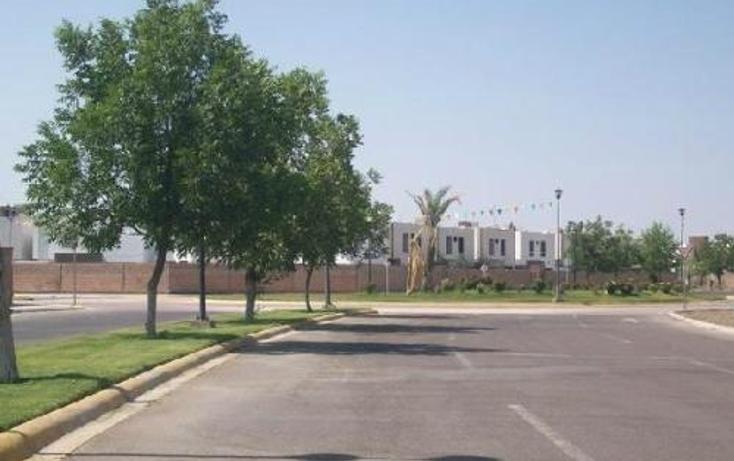 Foto de terreno habitacional en venta en  , fraccionamiento villas del renacimiento, torre?n, coahuila de zaragoza, 399701 No. 01