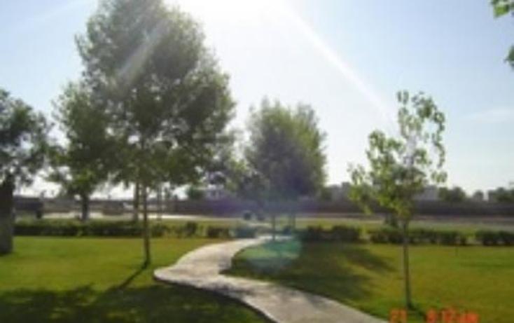 Foto de terreno habitacional en venta en  , fraccionamiento villas del renacimiento, torreón, coahuila de zaragoza, 400622 No. 02