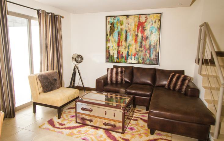 Foto de casa en venta en  , fraccionamiento villas del renacimiento, torreón, coahuila de zaragoza, 982671 No. 02
