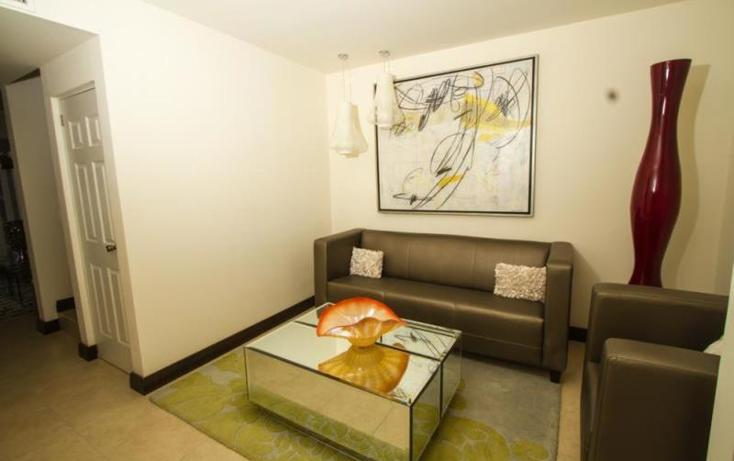 Foto de casa en venta en  , fraccionamiento villas del renacimiento, torreón, coahuila de zaragoza, 982721 No. 02