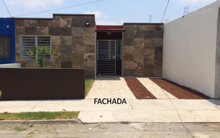 Foto de casa en venta en general eugenio martínez 835, francisco villa, manzanillo, colima, 1985728 no 01