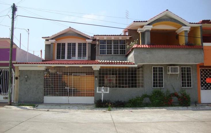 Foto de casa en venta en  , gustavo de la fuente dorantes, comalcalco, tabasco, 1535340 No. 01
