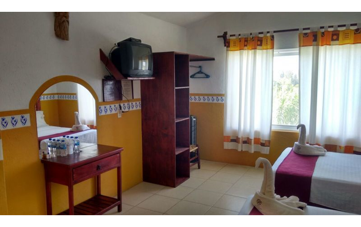 Foto de rancho en venta en  , huachinantilla, tepoztl?n, morelos, 1233507 No. 08