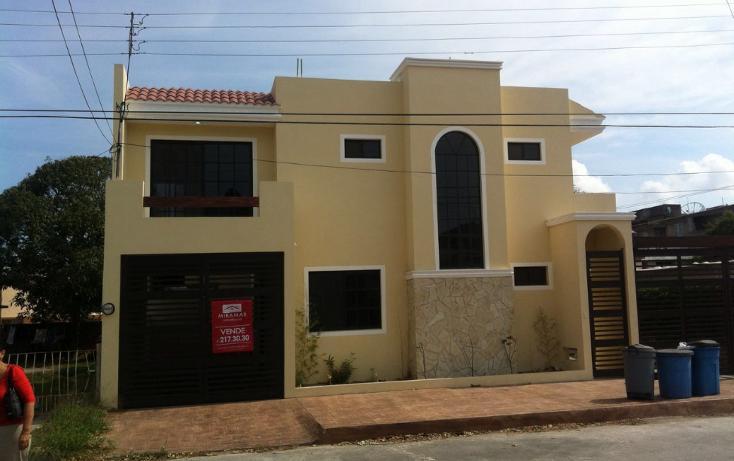 Foto de casa en venta en  , jardín 20 de noviembre, ciudad madero, tamaulipas, 1957106 No. 01