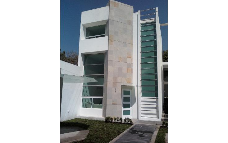 Foto de casa en venta en  , jardines de ahuatepec, cuernavaca, morelos, 1579068 No. 01