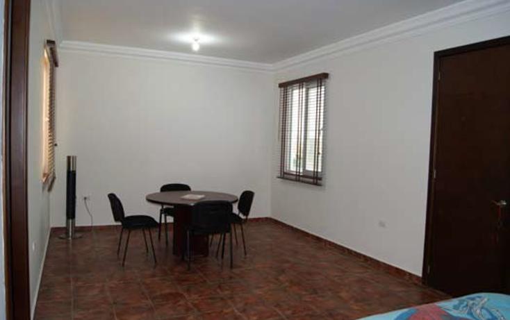 Foto de casa en venta en  , jardines de versalles 2a etapa, saltillo, coahuila de zaragoza, 1104913 No. 19