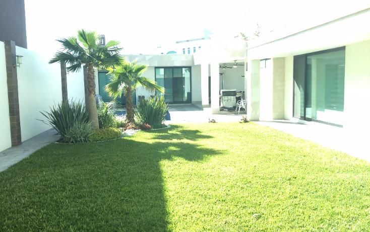 Foto de casa en venta en  , jardines de versalles 2a etapa, saltillo, coahuila de zaragoza, 1720714 No. 02