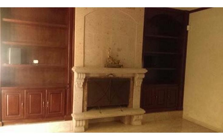 Foto de casa en venta en  , jardines de versalles, saltillo, coahuila de zaragoza, 2628768 No. 02