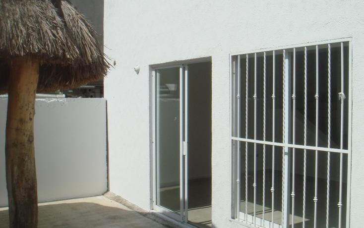 Foto de casa en venta en  , jardines del sur, benito juárez, quintana roo, 1032401 No. 02
