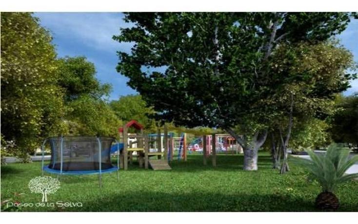 Foto de terreno habitacional en venta en  , jardines del sur, benito juárez, quintana roo, 745671 No. 01