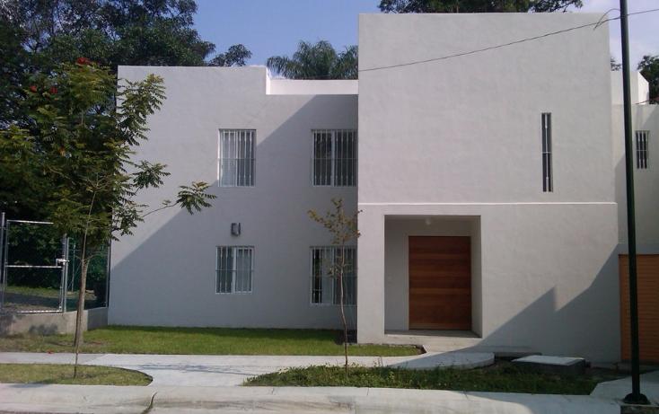 Foto de casa en venta en  , jardines vista hermosa, colima, colima, 2034924 No. 01