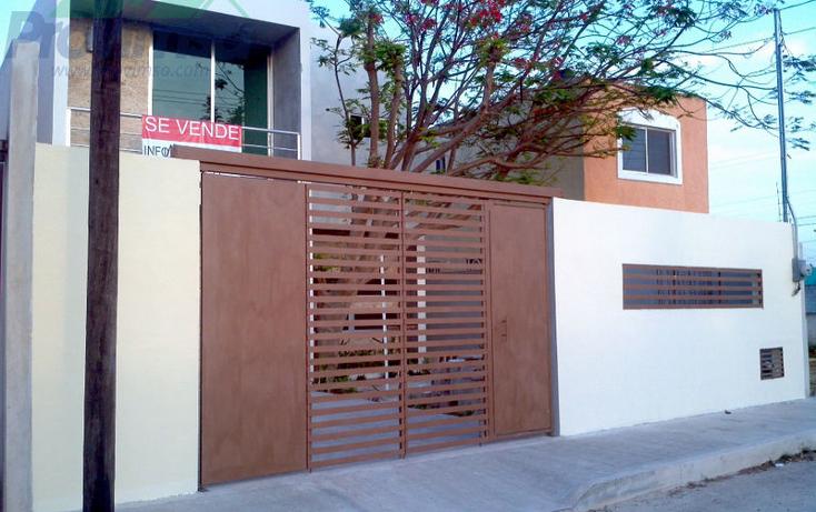 Foto de casa en venta en  , juan pablo ii, mérida, yucatán, 2002002 No. 01