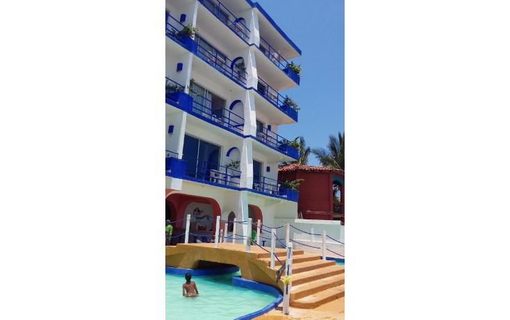 Foto de edificio en venta en  , la barrita, petatlán, guerrero, 1283917 No. 01
