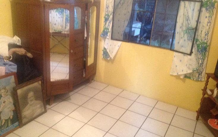 Foto de casa en venta en  , las águilas, morelia, michoacán de ocampo, 2003094 No. 02