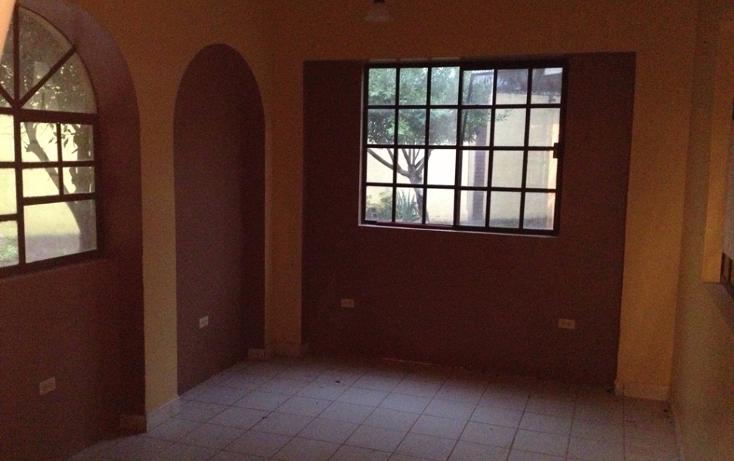 Foto de casa en venta en  , las cumbres prolongaci?n, reynosa, tamaulipas, 1767872 No. 02