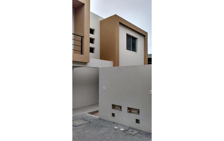 Foto de casa en venta en  , las torres sector 2, tampico, tamaulipas, 1717756 No. 02