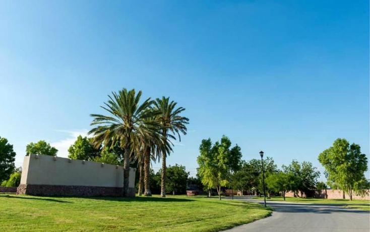 Foto de terreno habitacional en venta en  , las trojes, torreón, coahuila de zaragoza, 2703411 No. 03
