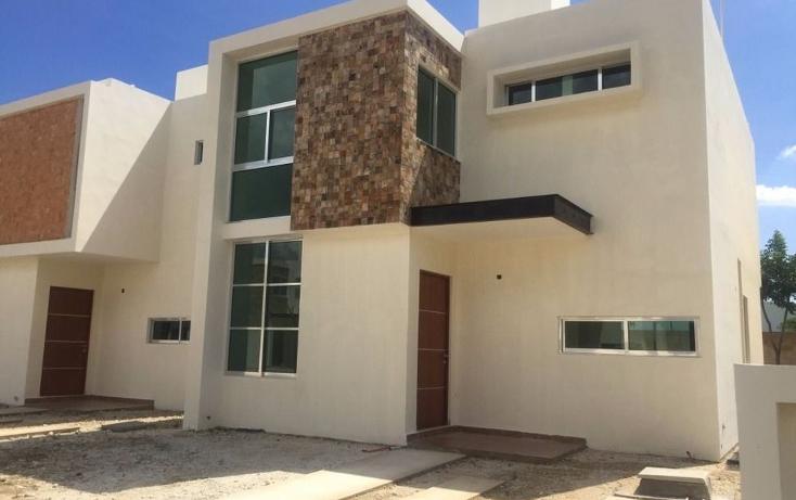 Foto de casa en venta en  , leandro valle, mérida, yucatán, 1373389 No. 01