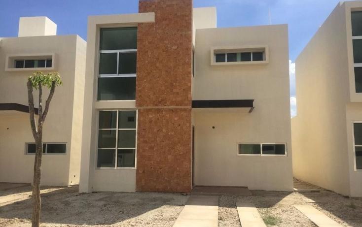 Foto de casa en venta en  , leandro valle, mérida, yucatán, 1373389 No. 02