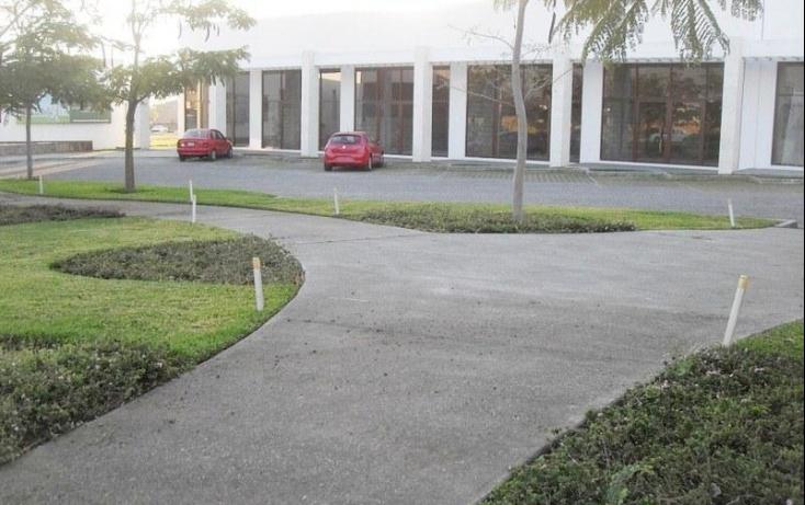 Foto de local con id 396083 en venta paraíso country club no 05