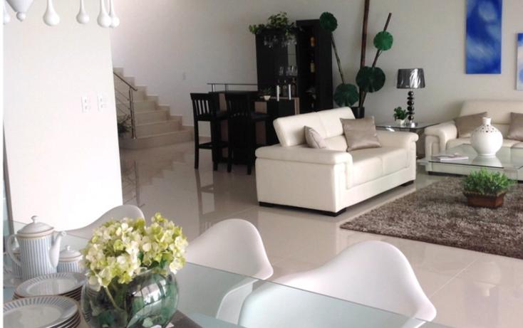 Foto de casa en venta en  , lomas de angelópolis privanza, san andrés cholula, puebla, 1552470 No. 02