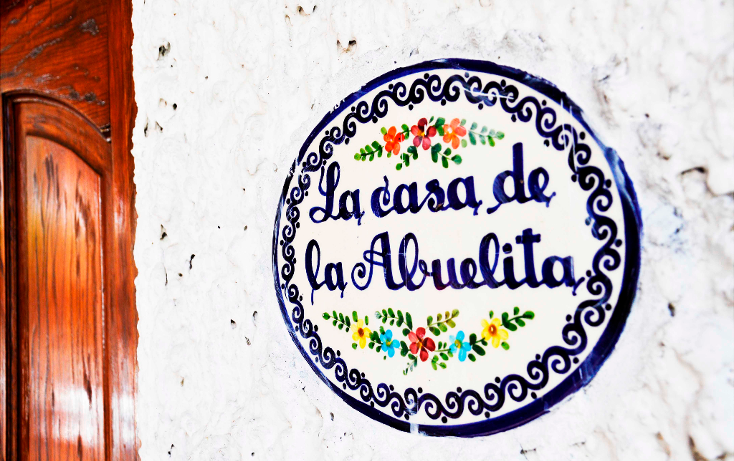 Foto de casa en renta en  , lomas de atzingo, cuernavaca, morelos, 1051755 No. 01