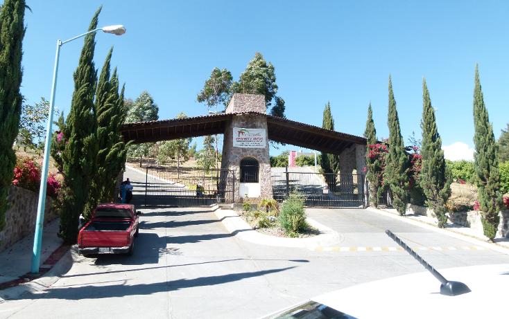 Foto de terreno habitacional en venta en  , lomas de la carolina, zitácuaro, michoacán de ocampo, 1091195 No. 01