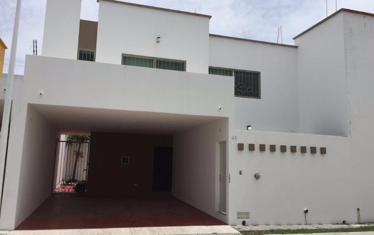 Foto de casa en venta en  , los r?os, carmen, campeche, 2011950 No. 01