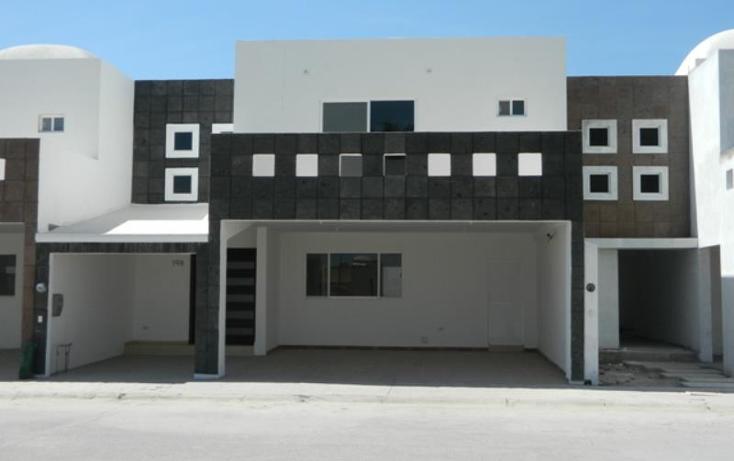 Foto de casa en venta en  , los vi?edos, torre?n, coahuila de zaragoza, 1023311 No. 01