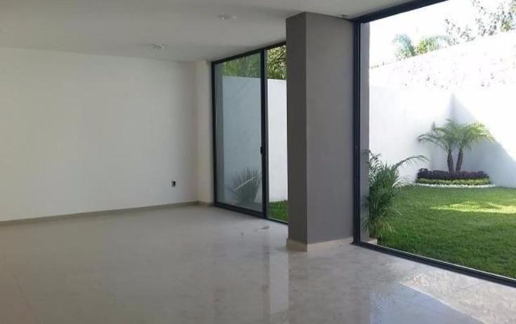 Foto de casa en venta en  , los volcanes, cuernavaca, morelos, 1608346 No. 02