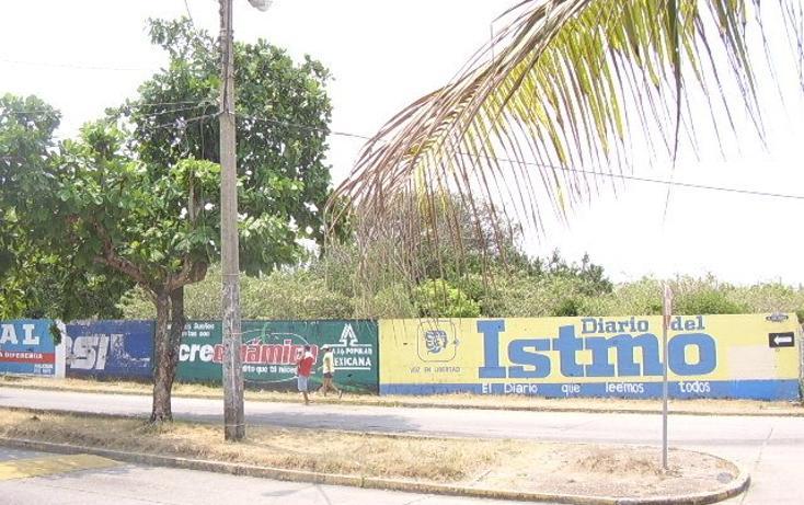 Foto de terreno comercial en venta en  , manuel avila camacho, coatzacoalcos, veracruz de ignacio de la llave, 1054619 No. 02