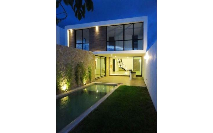 Foto de casa en venta en  , montebello, mérida, yucatán, 1072853 No. 02