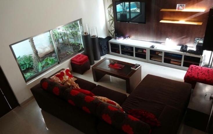 Foto de casa en venta en  , montebello, mérida, yucatán, 1321111 No. 01