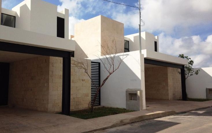 Foto de casa en venta en  , montebello, mérida, yucatán, 1446039 No. 01