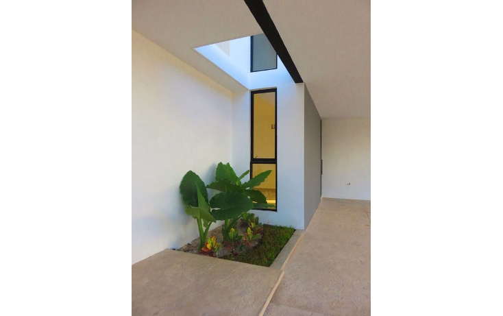 Foto de casa en venta en  , montebello, mérida, yucatán, 1742641 No. 03