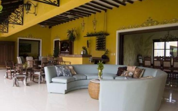 Foto de casa en venta en  , montebello, mérida, yucatán, 942127 No. 03