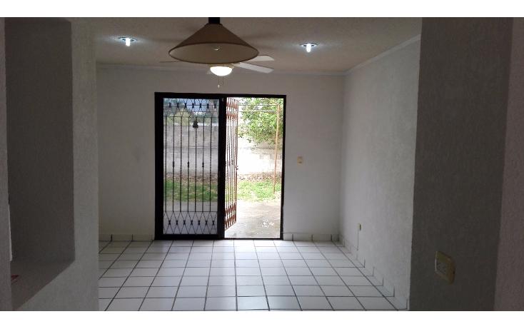 Foto de casa en renta en  , monterreal, mérida, yucatán, 2004132 No. 02