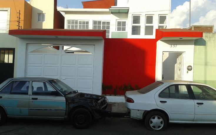 Foto de casa en venta en  , movimiento magisterial, uruapan, michoacán de ocampo, 1065181 No. 01