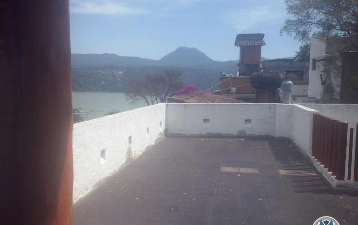 Foto de casa en venta en  nonumber, valle de bravo, valle de bravo, méxico, 2029062 No. 02
