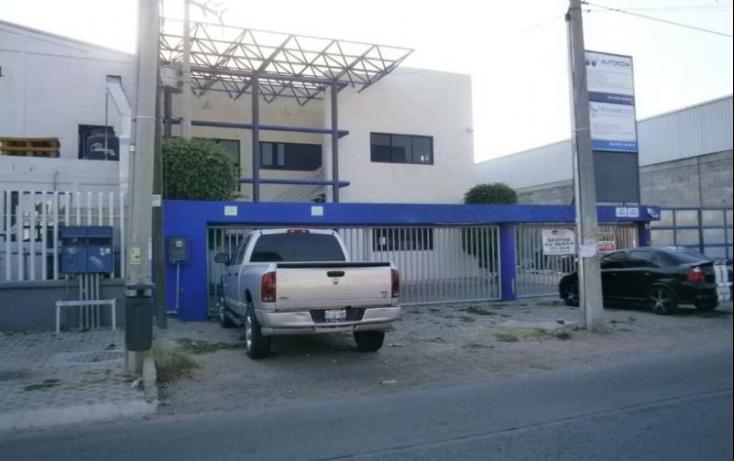 Foto de oficina con id 422639 en renta en av peñuelas 1 peñuelas no 01