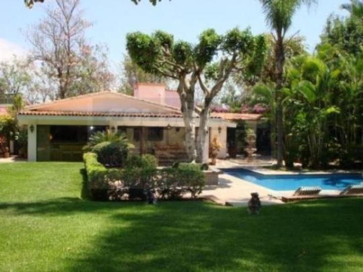 Foto de casa en venta en  140, bosques de palmira, cuernavaca, morelos, 219815 No. 01