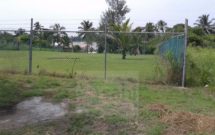 Foto de terreno habitacional en venta en  , playa de chachalacas, ursulo galván, veracruz de ignacio de la llave, 2632754 No. 01