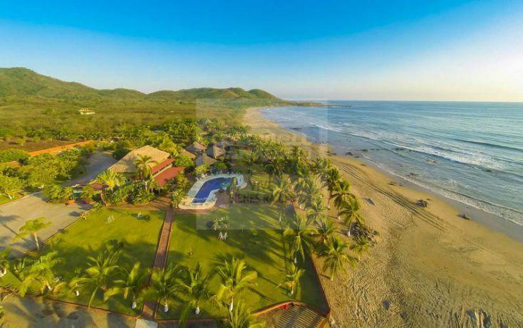 Foto de edificio en venta en playa majahua 1, troncones, la unión de isidoro montes de oca, guerrero, 785007 no 01